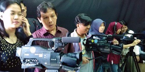 cameramen-multicam-bukan-operator